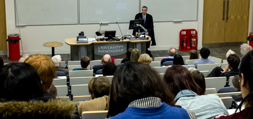 Mike Robinson delivering his inaugural lecture