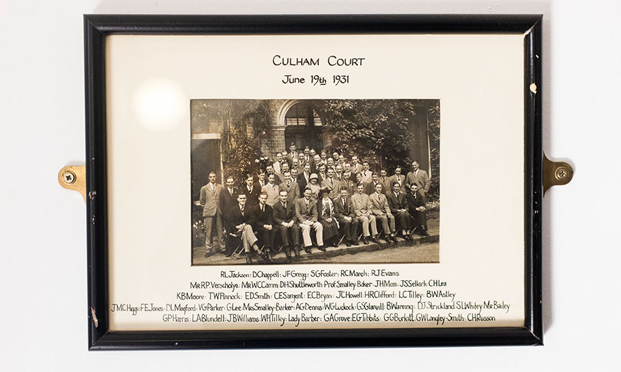 A photo of the 1972 graduating class, Birmingham Law School