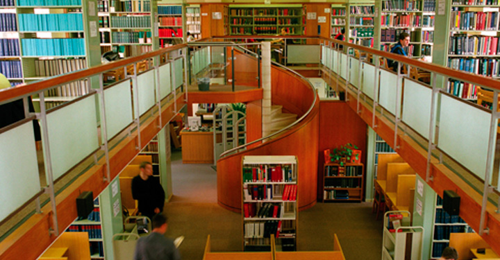 Photo of the Harding Law Library, Birmingham Law School