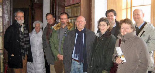 Photo of Leopardi members on site