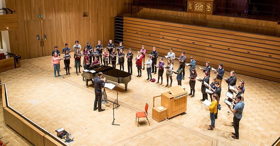 Birmingham-University-Singers-in-rehearsal-at-the-Elgar-Concert-Hall