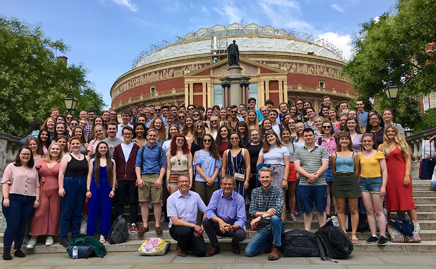 UoB Voices on the Royal Albert Hall steps