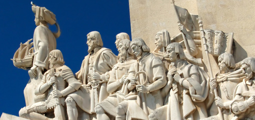 Photograph of a sculpture of sailors