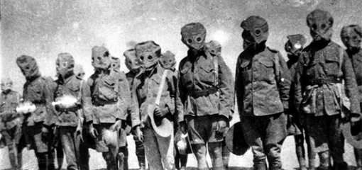 Photograph of Australian soldiers in gas masks