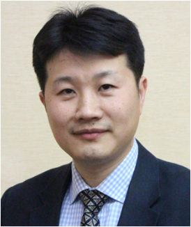 Portrait photo of Professor Haisheng Chen