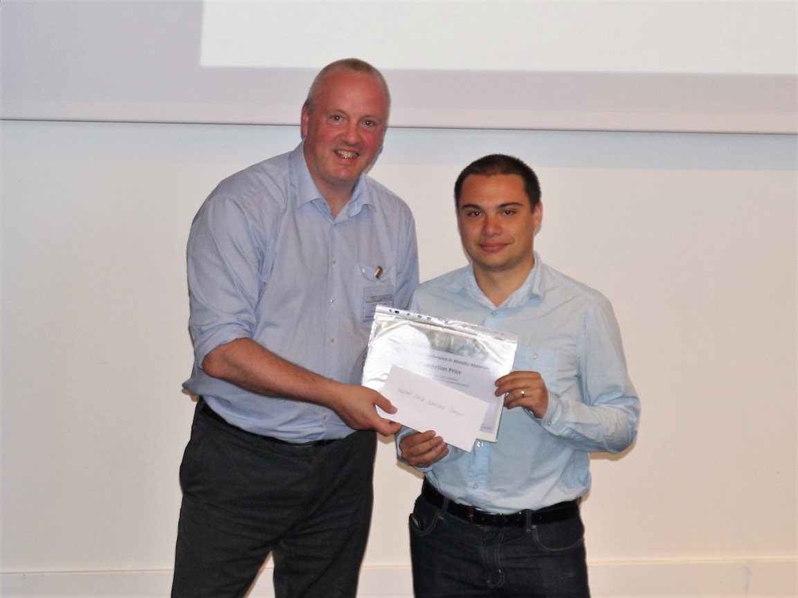 University of Birmingham PhD student Valter Jantara Junior (right) receiving the Best Presentation Award at the 2017 National Student Conference in Metallic Materials
