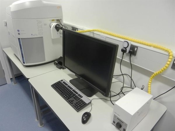 Zeiss Axioscanner Z1 Slide Scanner
