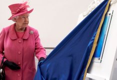 Her Majesty The Queen attends official ceremony