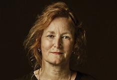 Professor Laura Piddock