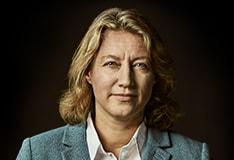 Dr Larissa Fabritz
