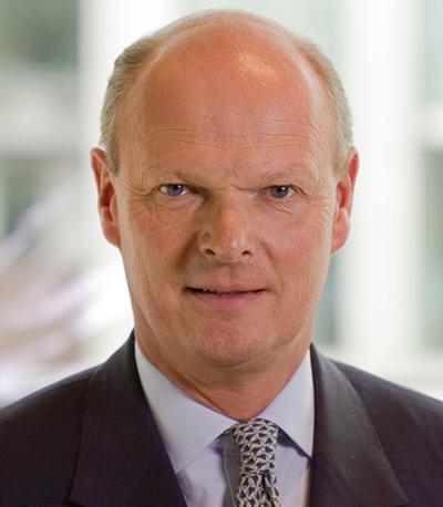 Distinguished Leaders Series: Laurence Hollingworth (J P  Morgan)